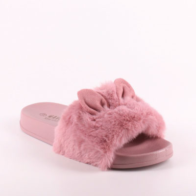 Flats & Slippers